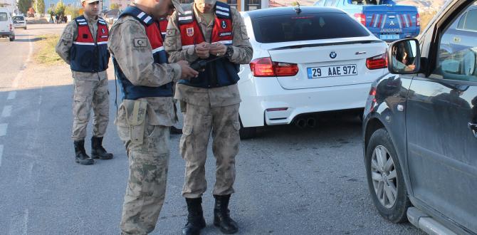 Jandarma  Güvenlik Tedbirlerini Elden Bırakmıyor