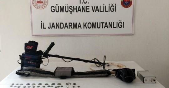 Jandarma ekipleri 70 adet sikke ele geçirdi