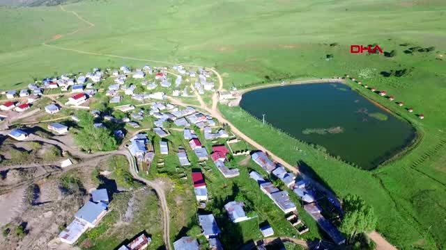 Ernek Yaylasındaki doğal göl ilgi görüyor